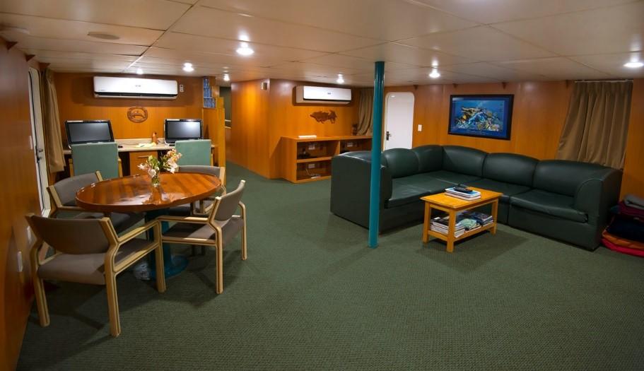 Truk Odyssey Lounge